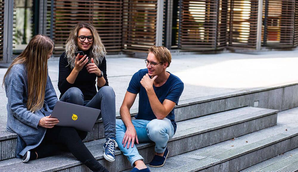 4 maneras de atraer y retener clientes con un programa de fidelización